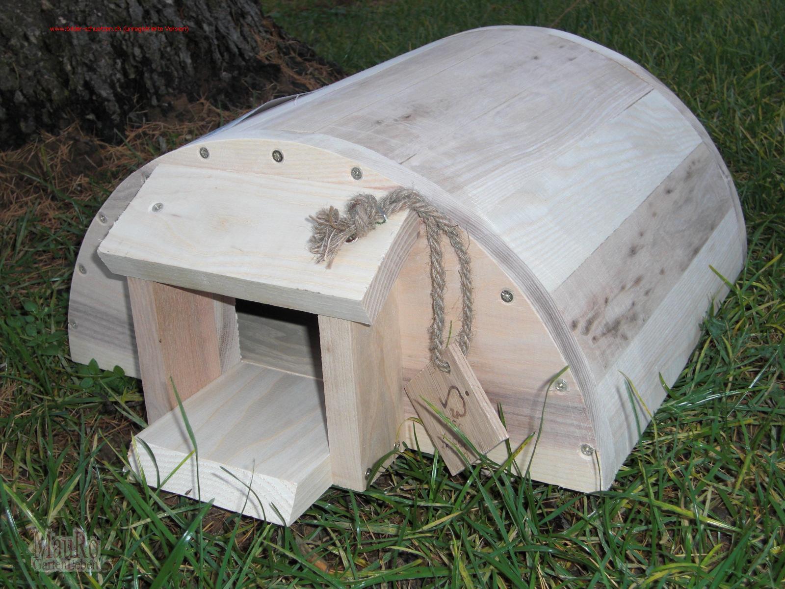 igelhaus igelwinterquartier holz mauro gartenleben. Black Bedroom Furniture Sets. Home Design Ideas