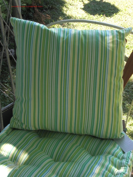 kissen lime gr n gestreift 40x40 cm mauro gartenleben. Black Bedroom Furniture Sets. Home Design Ideas